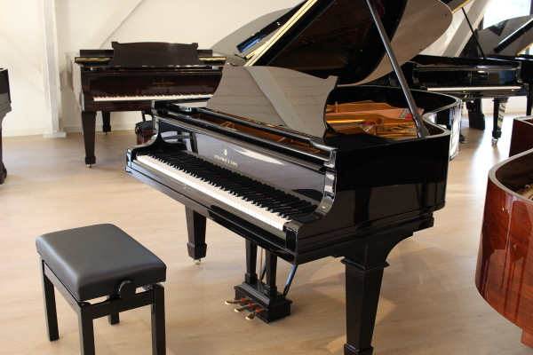 piano d'occasion Steinway and Sons A188