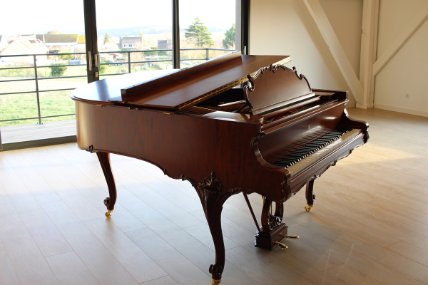 Piano d'occasion Steinway & Sons M170 Louis XV